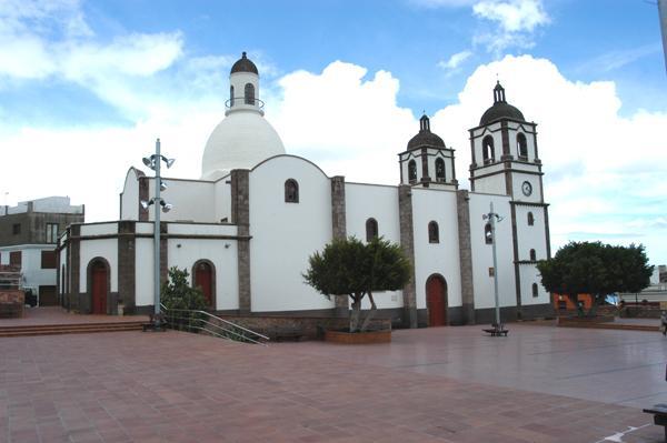 •Iglesia de Nuestra Señora de La Candelaria