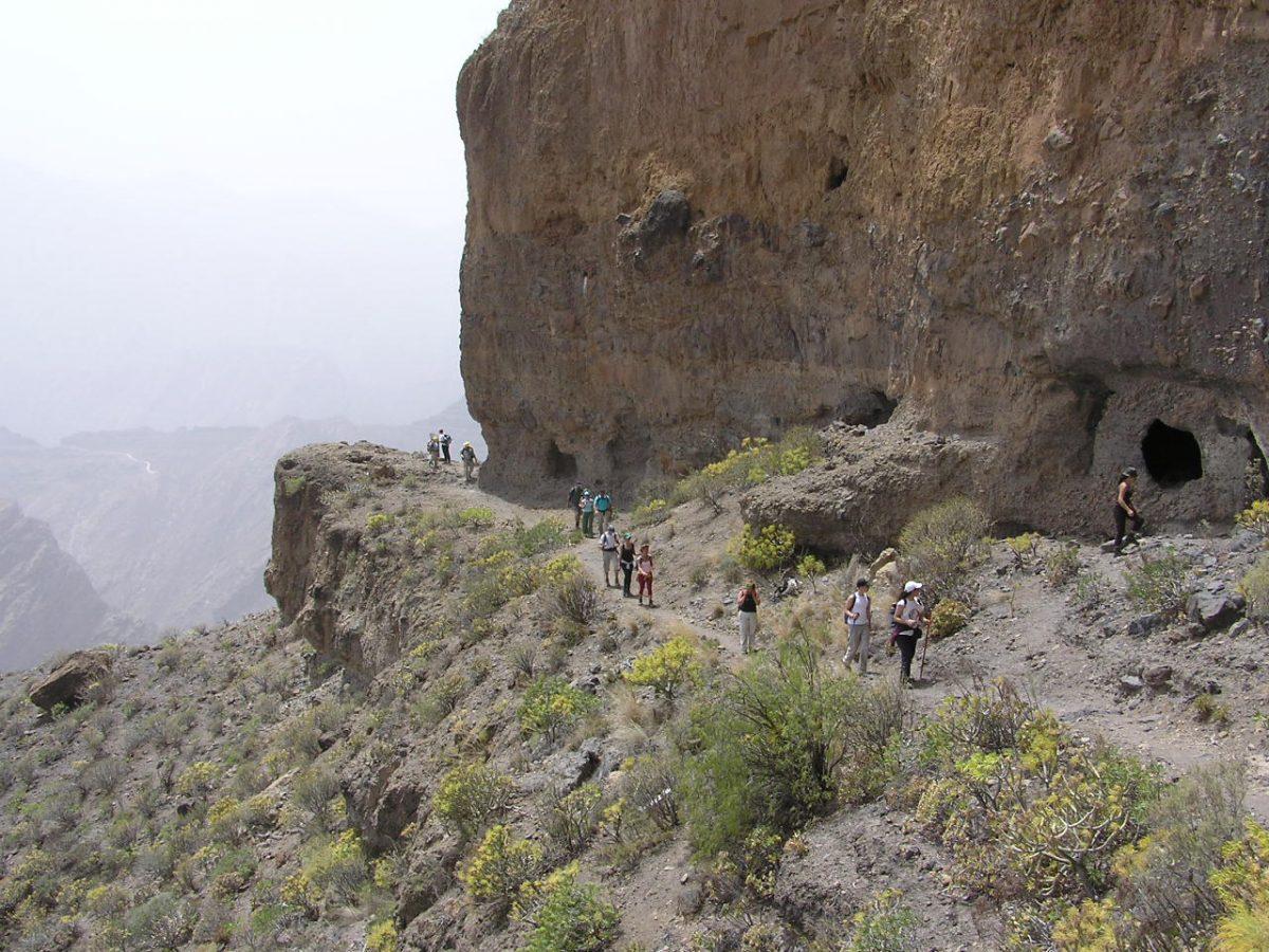 Camino sobre el Andén entre Acusa Verde y Acusa Seca